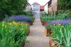 Garten zum Haus